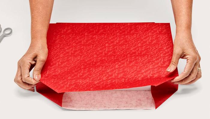 ในภาพที่ปรากฎ - วิธีการบรรจุของขวัญข้าว มุมห่อ