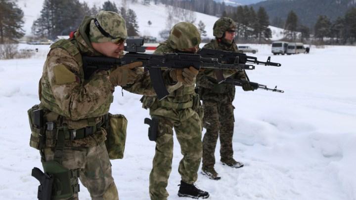 В Республике Алтай проходит стрелковый турнир памяти бойцов ОМОНа, погибших в Чечне