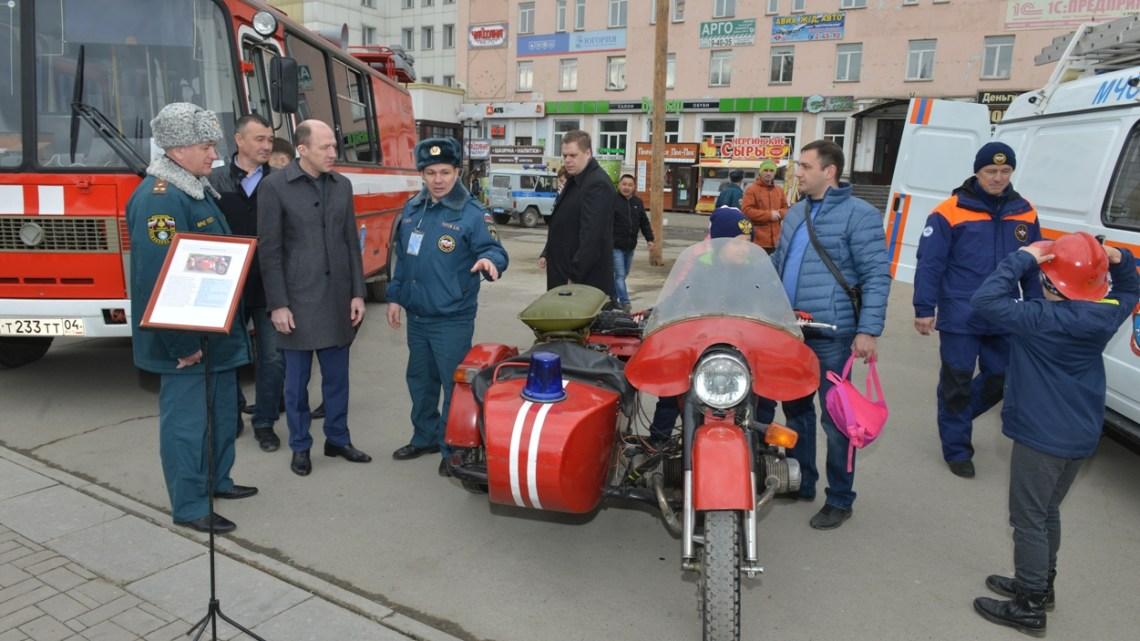 Спасатели Республики Алтай провели чемпионат по пожарно-спасательному многоборью