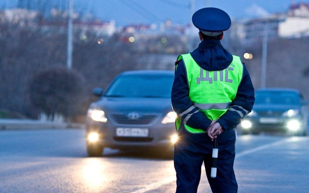 Трое жителей Республики Алтай предстанут перед судом за покушение на дачу взятки сотруднику ГИБДД