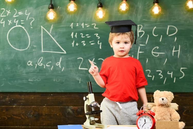 Лайфхаки для родителей: Как увлечь ребенка учебой