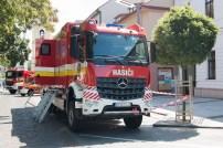 hasičské červené auto