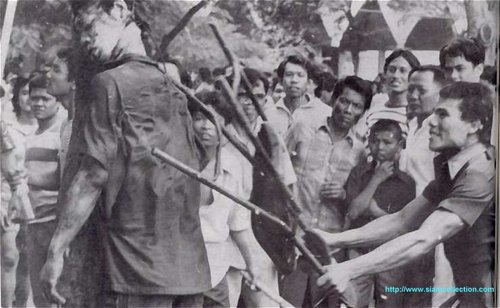 Thammasat-massacre-1976-1