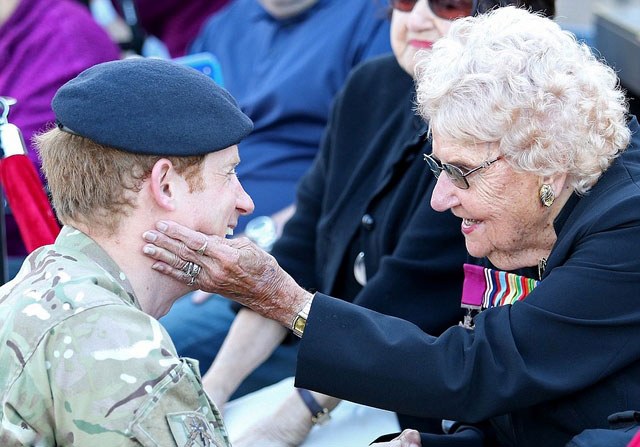 Prince-Harry-Down-Under (6)