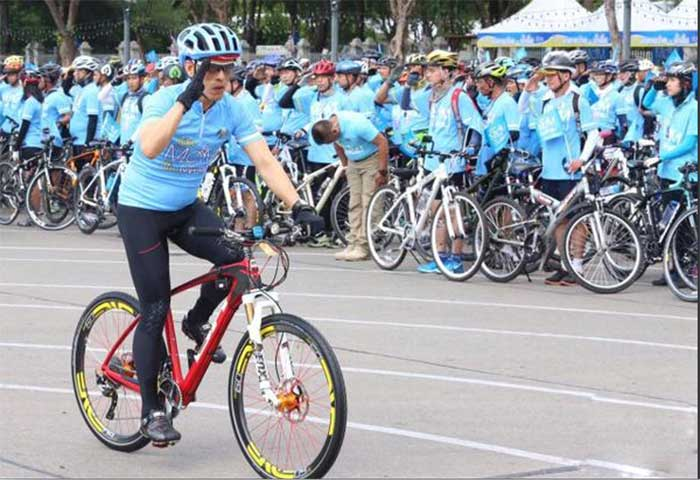 Bike-for-Mom-Thailand-Crown-Prince-
