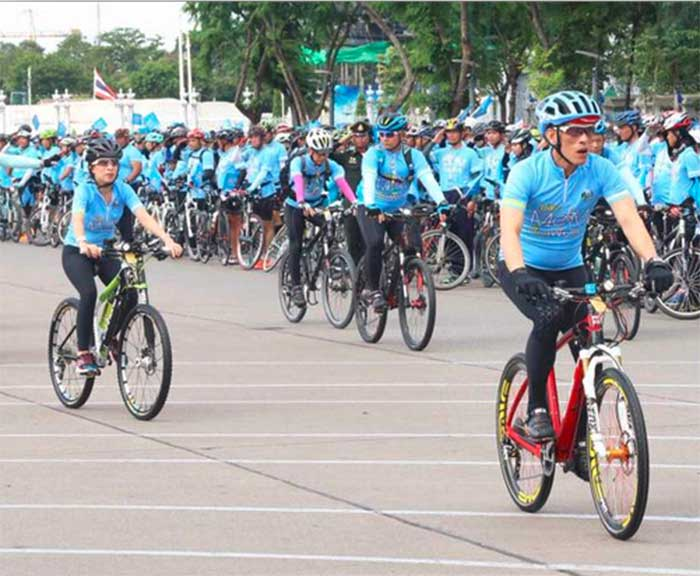 Bike-for-Mom-Thailand-Royals