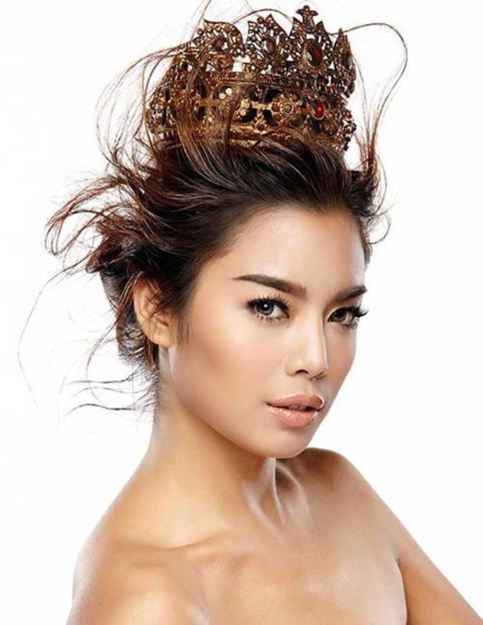 Official-picture-of-Thunchanok-Moonnlita-as-a-contestant-for-Miss-Thailand-World-2015