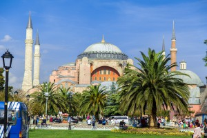 Zwei_Abenteurer_Istanbul_Sultanahmed_Platz