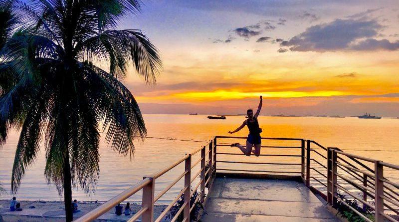 Nur mit Handgepäck reisen - Andrea springt in die Luft