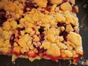 Zwetschgenstreuselkuchen selbst gebacken