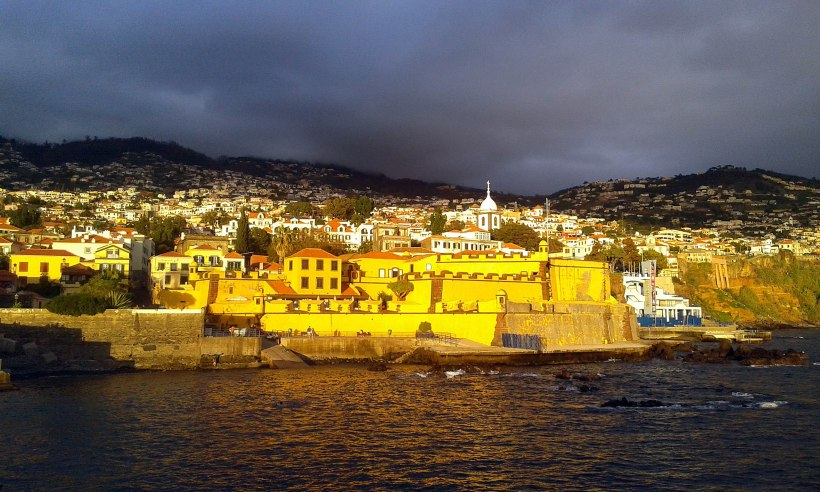 Funchal (Madeira) am Abend