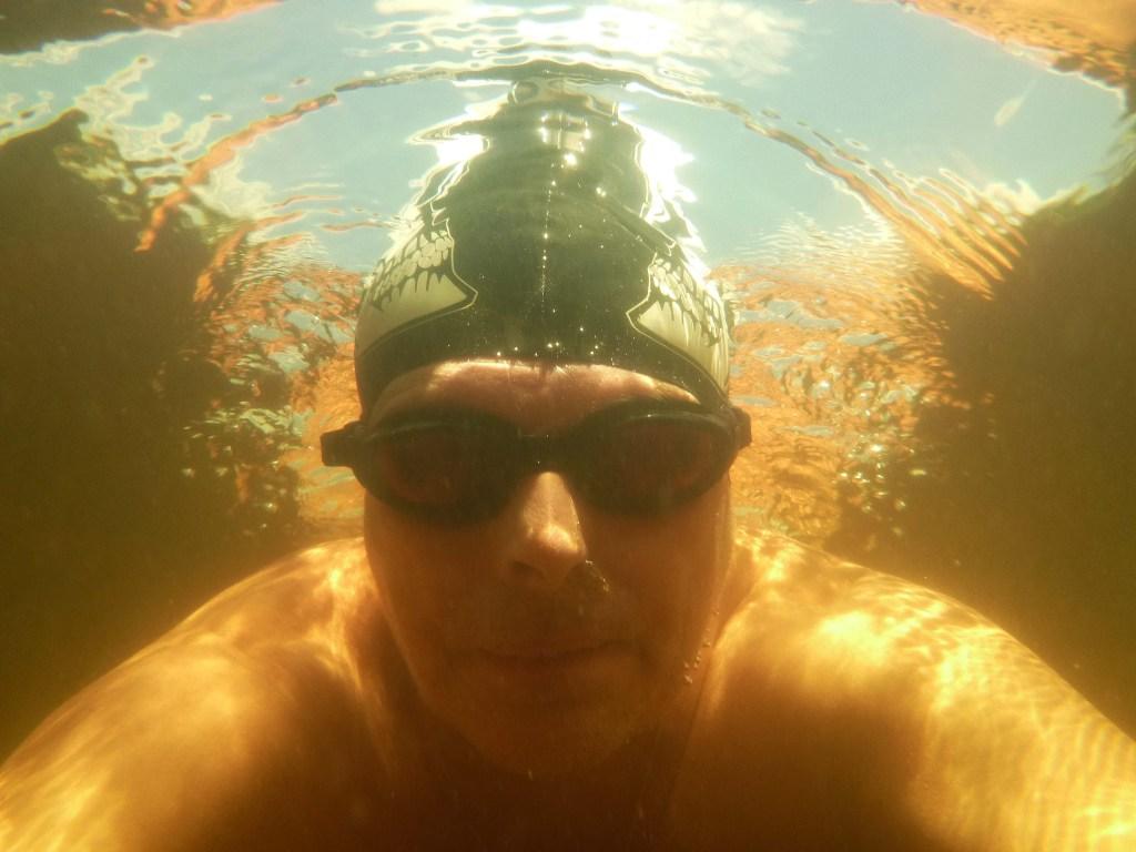 Im Moorwasser im Kirchsee