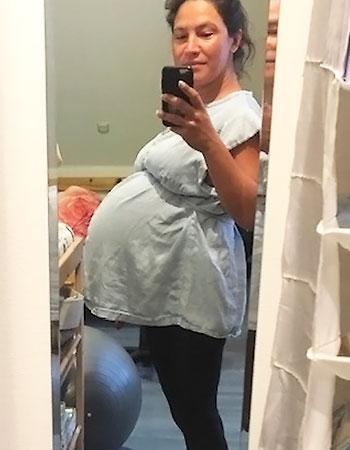 Hochschwangere Zwillingsmama - Zwillinge Kaiserschnitt Erfahrungen.