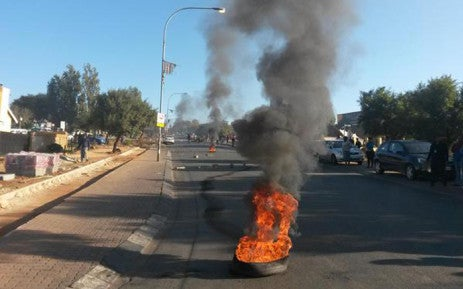 Sowetans protest over power cuts, disrupt traffic flow