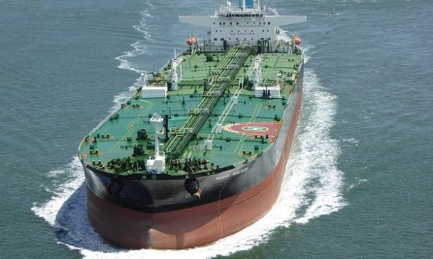7 Nigerian arrested after hijacking oil tanker in UK, Off Isle of Wight