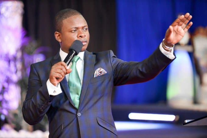 Police at Beitbridge Border Stop Attempts To Smuggle Prophet Shepherd Bushiri Cars To Malawi