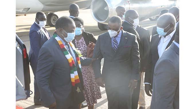 Mnangagwa jets into Byo to commission boreholes