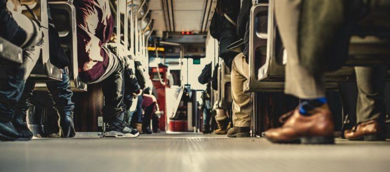 9 sposobów na obniżenie kosztów w podróży
