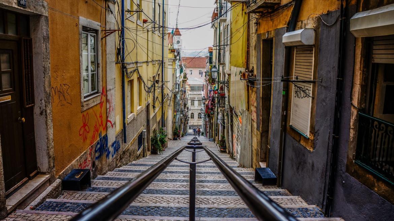 Ulice szyny tory lizbona tramwaj szynowy co zwiedzic i zobaczyc w lizbonie weekend blog