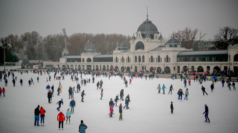 Lodowisko Budapeszt co zwiedzic i zobaczyc w Budapeszce w weekend