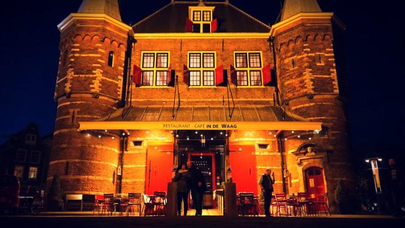 Amsterdam Cafe in de wag