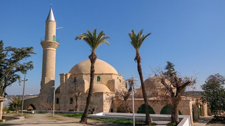 Hala Sultan Tekke Meczet Larnaka co zwiedzic i zobaczyć na cyprze blog