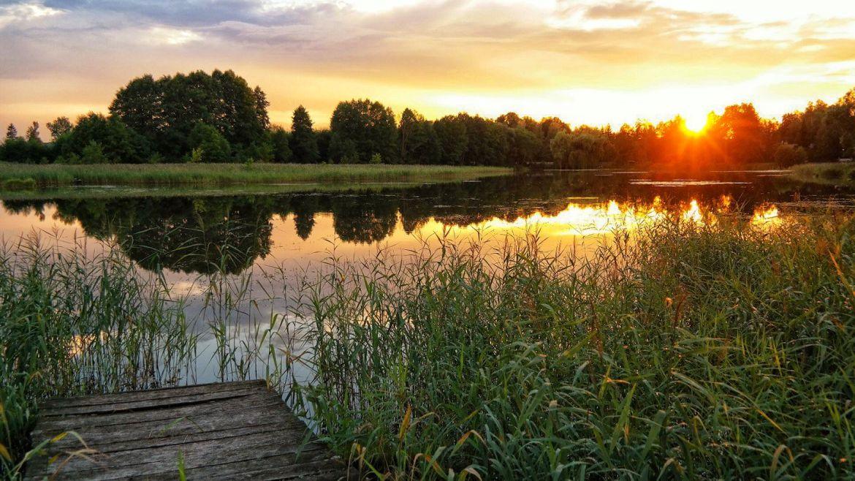 Zalew z uroczymi zachodami słońca ? Bardzo proszę :)