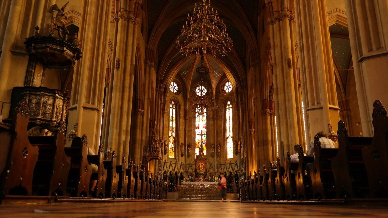 Katedra Zagrzeb Co zwiedzić w Chorwacji Co zwiedzic z zagrzebiu
