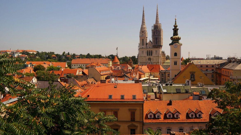 Zagrzeb stare miasto panorama co zwiedzić w chorwacji zwiedzanie zagrzebia