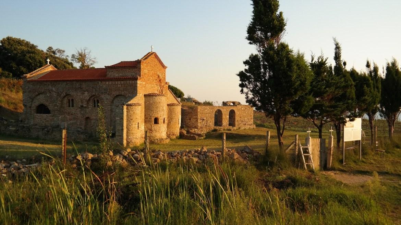 Kościół Skanderbega Albania Co zobaczyć w Albanii wybrzeże Rodonit