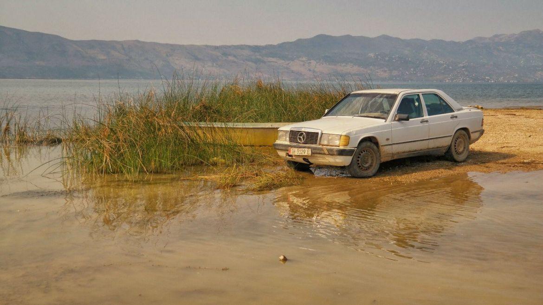 Mercedes Albania Jezioro Szkoderskie Co zobaczyć w Albanii