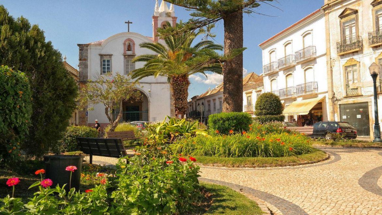 Tavira Algarve Portugalia kościół centrum