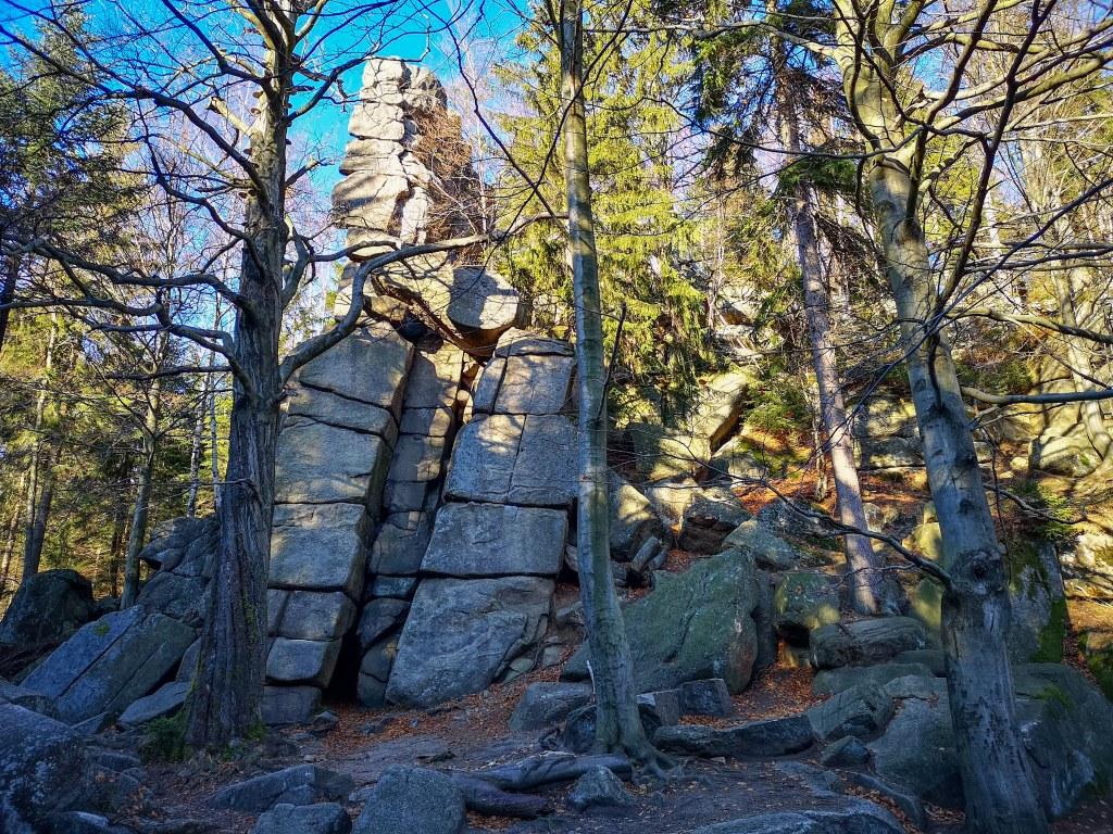Krucze skały weekend w karkonoszach co zobaczyc zwiedzić