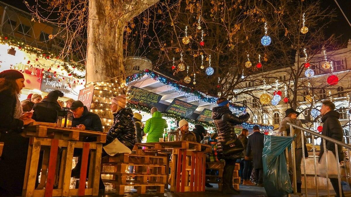 Budapeszt jarmark świąteczny co zwiedzić i zobaczyc w weekend nocą 2