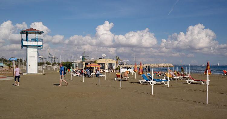 Cypr Larnaka Co zwiedzić i zobaczyc na cyprze blog plaża