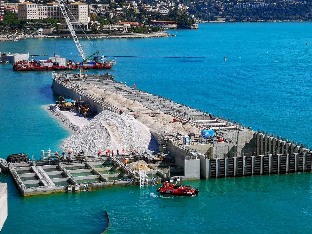 Monako co zwiedzić i zobaczyć w Monako monaco budowa portu