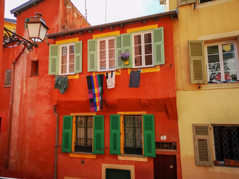 Nicea co zwiedzić i zobaczyć w nicei zwiedzanie Nicei centrum stare miasto kamienice weekend blog