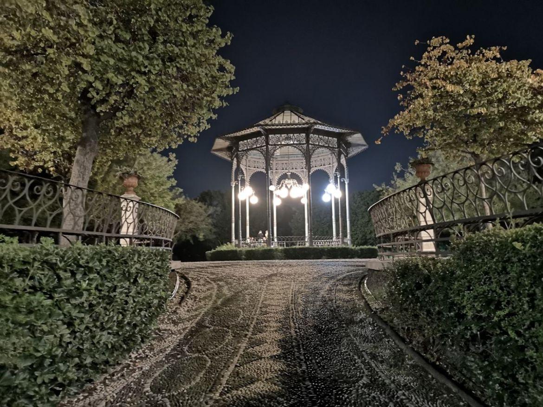 Park Villa Bellini katania nocą zwiedzanie co zobaczyć sycylia