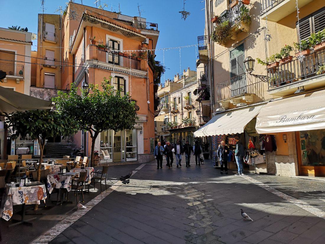 corso umberto taormina stare miasto zwiedzanie co zobaczyć