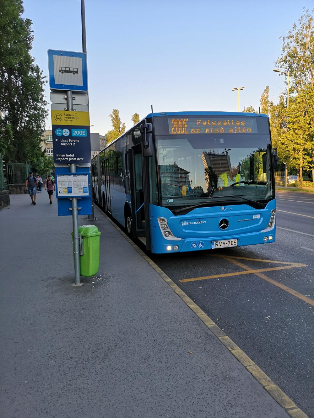 autobus 200e budapeszt