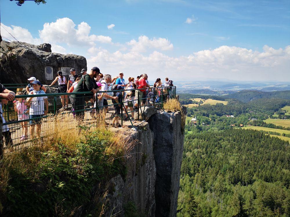 szczeliniec punkt widokowy góry stolowe