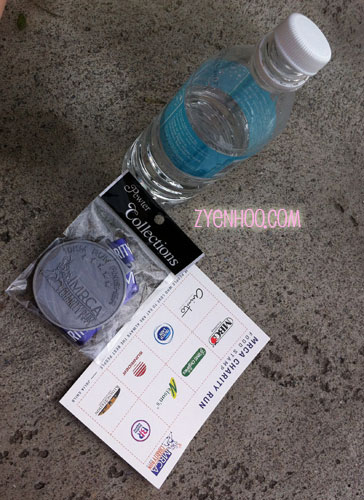 These were the items handed to us at the finish line (for the 10kmers)
