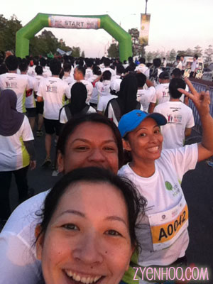 A we-fie at the Start!