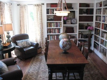 Adorable Family Dining Room Decorating Ideas 12