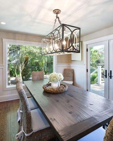 Adorable Family Dining Room Decorating Ideas 45