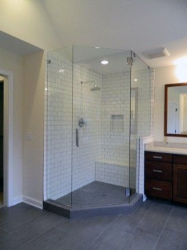 Adorable Master Bathroom Shower Remodel Ideas 41