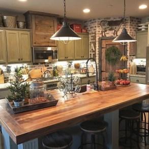 Adorable Rustic Farmhouse Kitchen Design Ideas 05