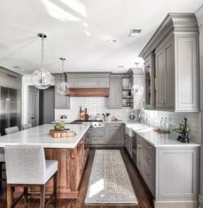 Adorable Rustic Farmhouse Kitchen Design Ideas 23