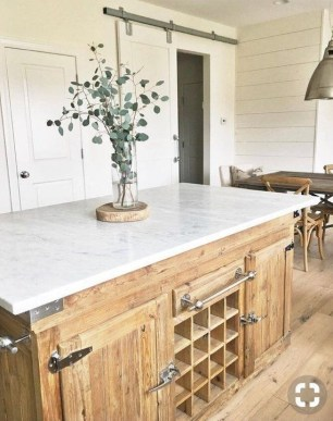 Adorable Rustic Farmhouse Kitchen Design Ideas 36