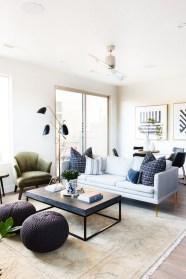 Cozy Bohemian Living Room Design Ideas 18
